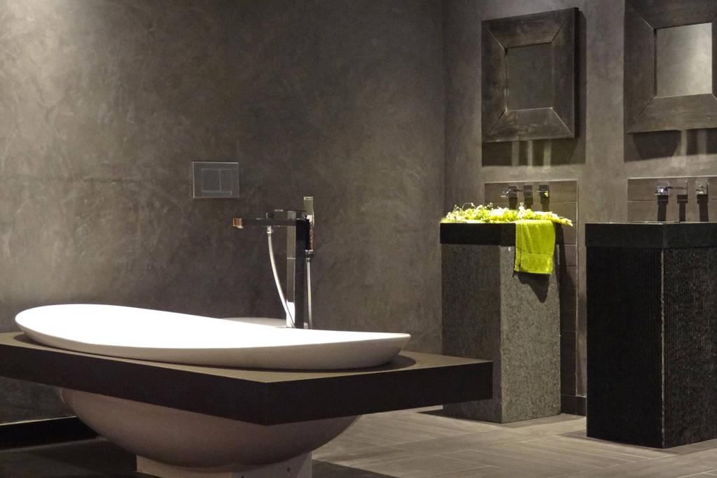 Grijze badkamers neutraal en modern - Badkamers bassin italiaanse design ...