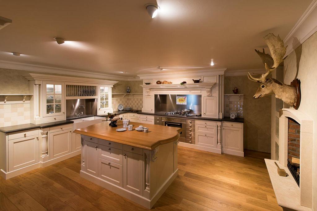 Klassieke keukens wonen in voortreffelijke luxe