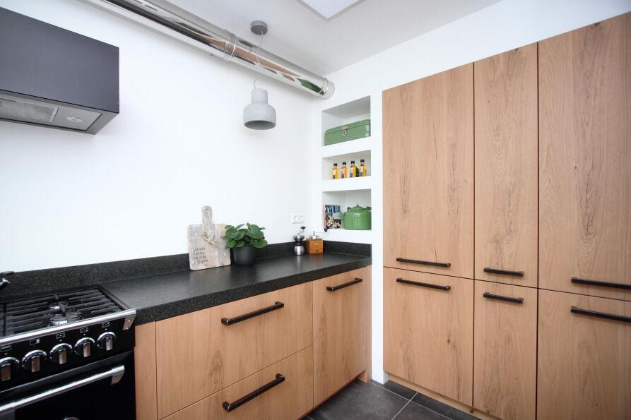 Industriele Lamp Keuken : Industriële keukens heerlijk variëren met stoere robuuste