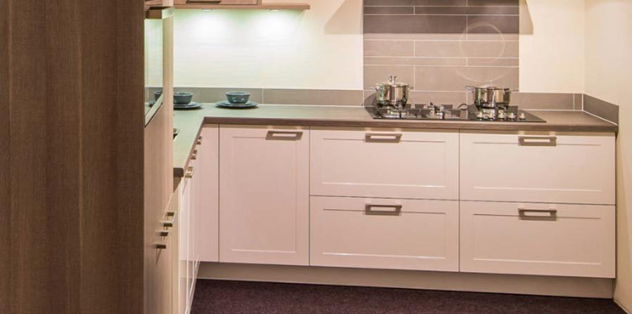 Fijn wonen met een kleine keuken: 10 tips & tricks