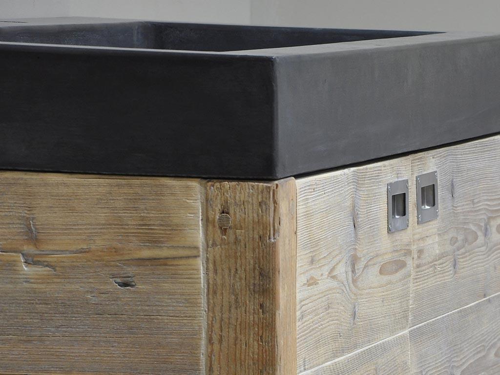 Steigerhout in de badkamer slim of onverstandig for Badkamer zelf maken